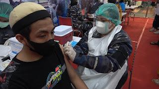 Hari Kedua Servak Di Megamall TNI AL  Targetkan 200 Orang