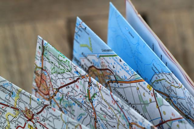 8 Banking tips for digital nomads, map