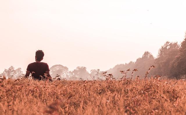 Kata-kata Bijak Cinta Bertepuk Sebelah Tangan Yang Akan Membantu Anda Percaya Diri