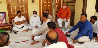 रावेर सांसद रक्षाताई खड़से एवं पूर्व मंत्री अन्तरसिह आर्य ने किया शोक व्यक्त