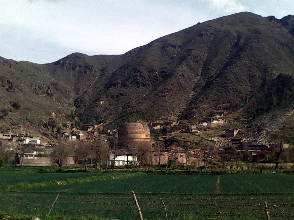 Shingardar Stupa (Malakan-Saidu Road) near Barikot.Swat,Pakistan