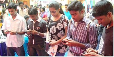 Hindi SMS Love Shayari Sad Images with picture wallpaper ...