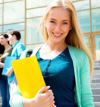 10 عادات ستساعدك على الانتقال من كونك طالب C إلى طالب