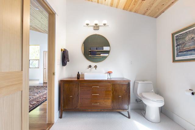 แบบห้องน้ำในบ้านไม้สไตล์ย้อนยุค