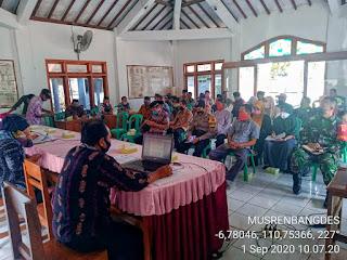 Babinsa Dorang Hadiri Musrenbangdes  Perencanaan Pembangunan Desa Dorang, Kecamatan Nalumsari Tahun 2021