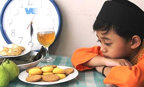 Anak-Anak Boleh Berpuasa Asal Tetap Memperhartikan Kesehatan Anak
