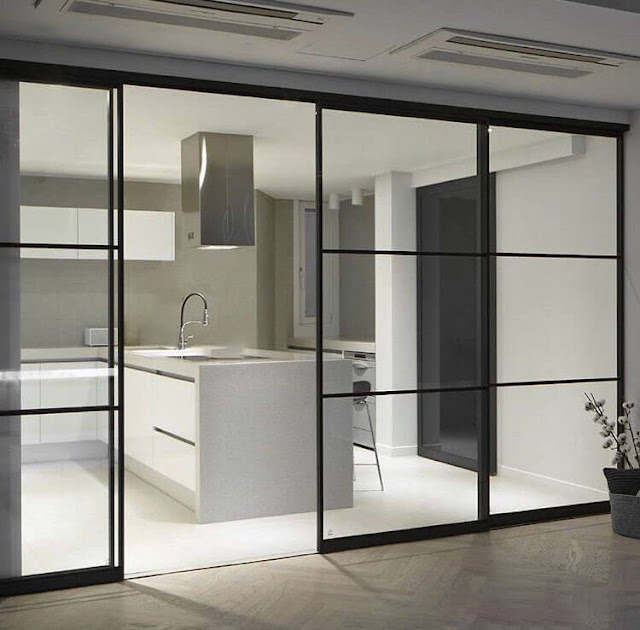 Glass partitions in the loft style