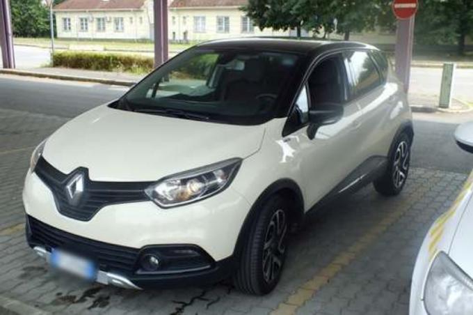 Körözött Renault-val kapcsoltak le egy román sofőrt Ártándnál