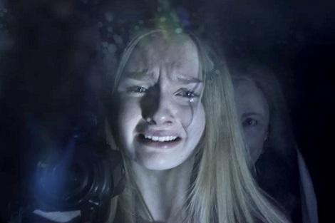"""فيلم """"الزيارة"""" يُشَرح باطن الأمريكي .. خوف وقلق وأمراض نفسية"""