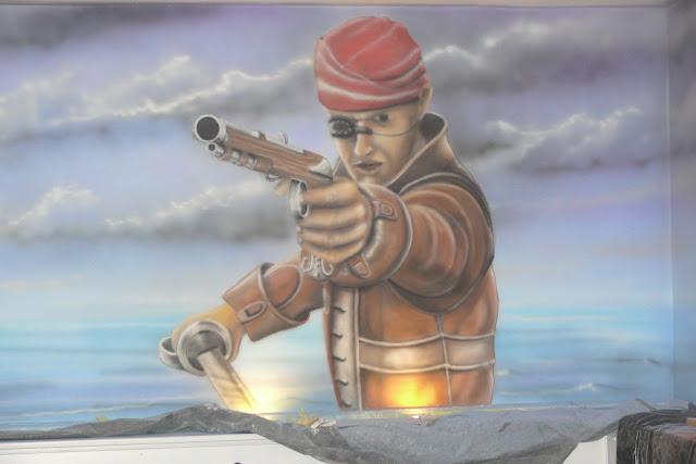 Malowidło ścienne namalowane bezpośrednio na ścianie, mural w kręgielni, Warszawa