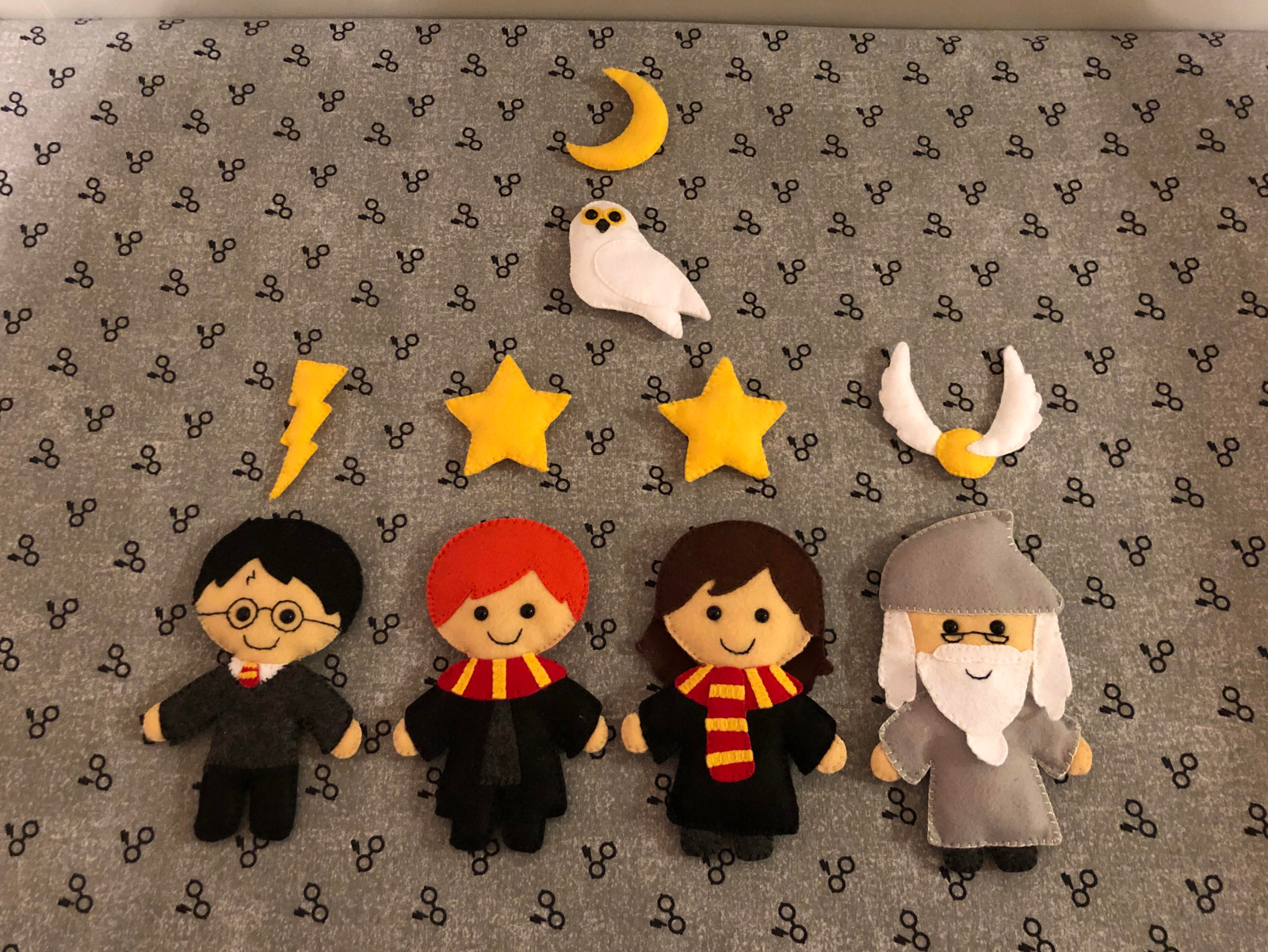 cozy birdhouse | harry potter baby crib mobile felt characters