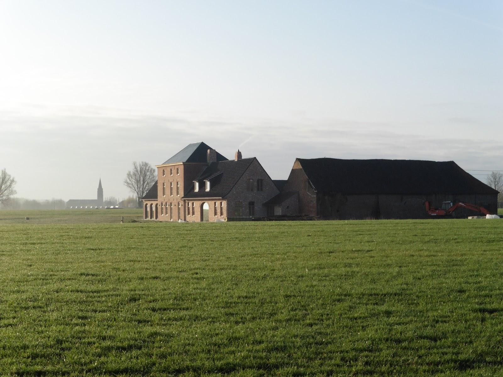 vierkantshoeve in Kooigem