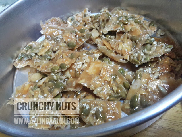 Almond Crunchy Nuts Resepi Biskut Raya Mudah