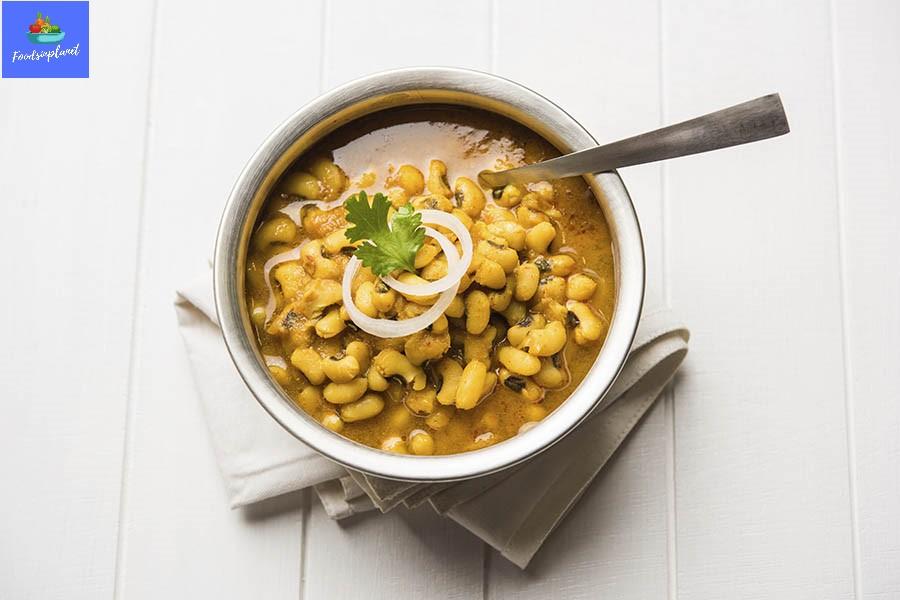 Lobia Curry Masala Recipe-Black Eye Bean Lobia Benefits