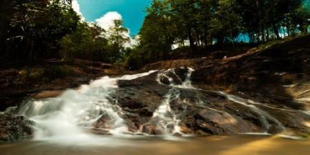 wisata air terjun sadap lokasi air terjun sadap sejarah air terjun sadap