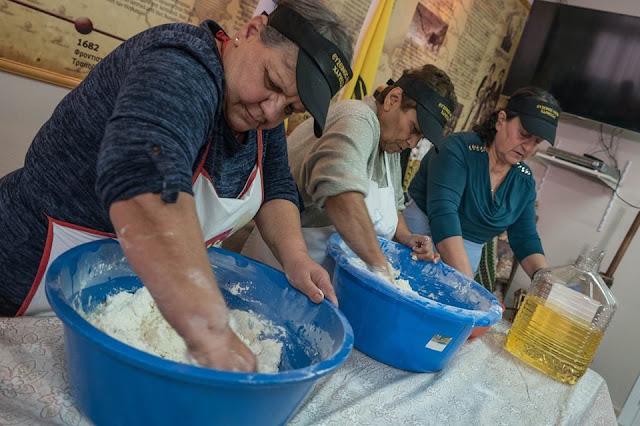 Με επιτυχία τα πρώτα μαθήματα Ποντιακής κουζίνας στη Χαρίεσσα