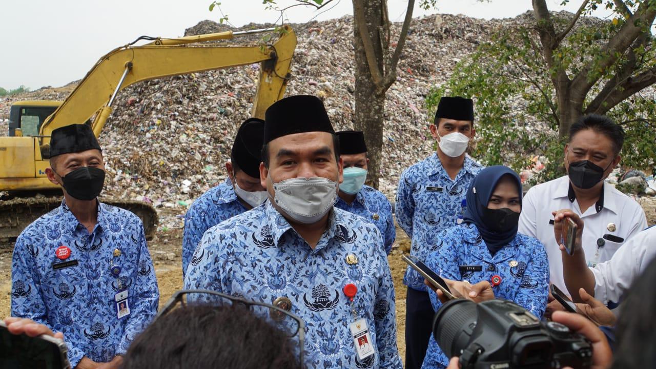 Reformasi Birokrasi Gelombang I - Pakai Korpri Bupati Lantik 5 Pejabat di TPA 01