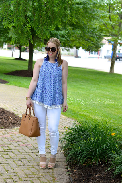 white-jeans-outfit-ideas