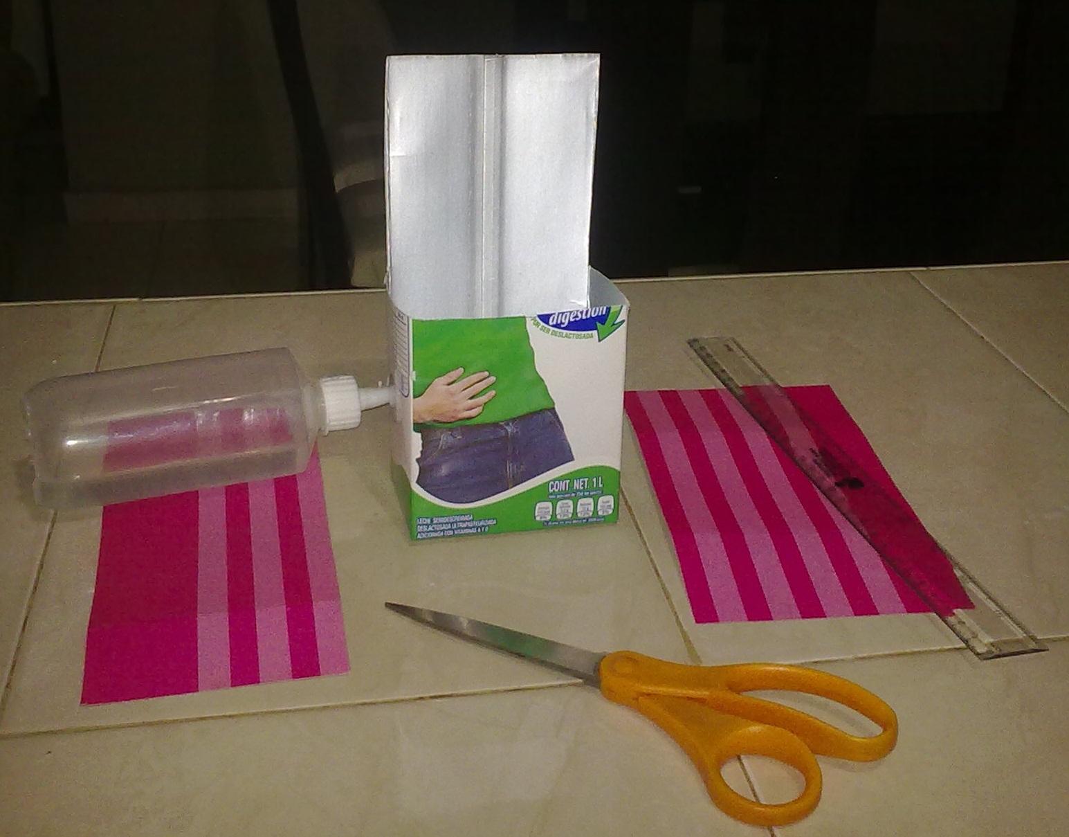 Maestra neila dulcero hecho con carton de leche for Manualidades primaria