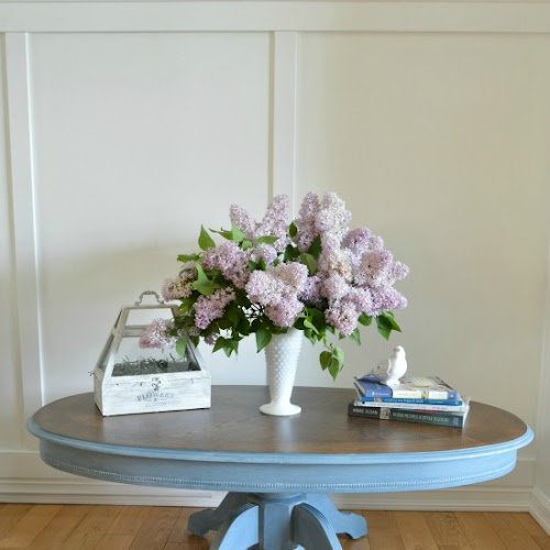 Summer Blueberries: An Oval Pedestal Coffee Table Makeover
