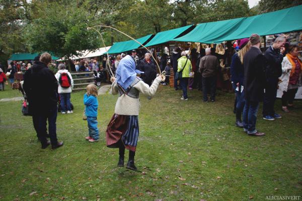 aliciasivert, alicia sivertsson, skansen, skansens höstmarknad, market, autumn, skipping rope, hopprep