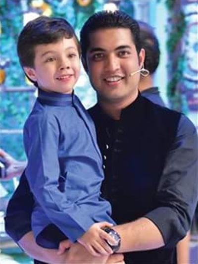 Iqrar ul Hassan with his son Pehlaaj