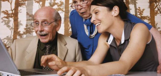 العلاقة بين الأجداد والأحفاد