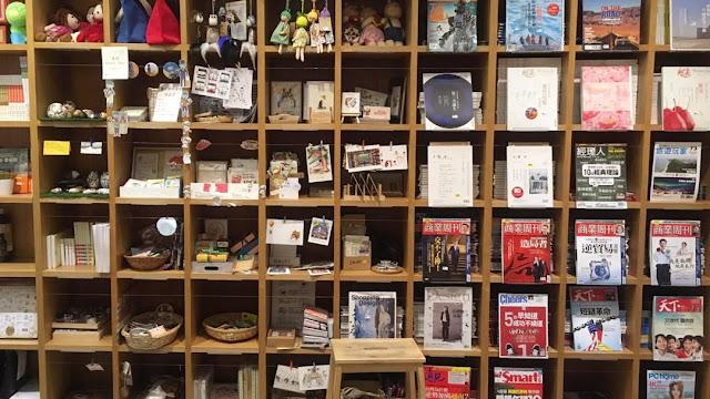 我在吉隆坡逛中文書店 | 實體書店慘淡經營?不要感慨,要掏錢買
