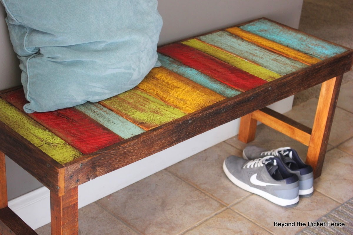 Salvaged wood bench http://bec4-beyondthepicketfence.blogspot.com/2014/12/these-are-few-of-my-favorite-things_27.html