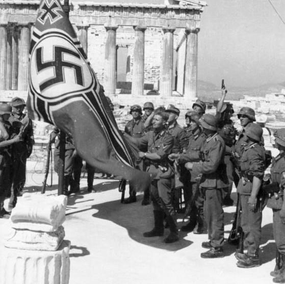 Οι καταστροφές των κατακτητών του Β' Παγκόσμιου Πολέμου στον Παρθενώνα και άλλες αρχαιότητες