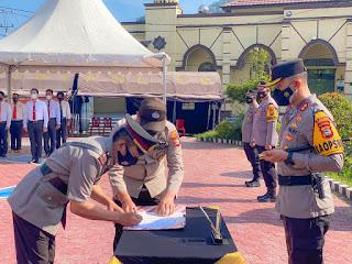 Kapolres Pimpin Serah Terima Jabatan Pejabat Utama dan Kapolsek Jajaran Polres Enrekang
