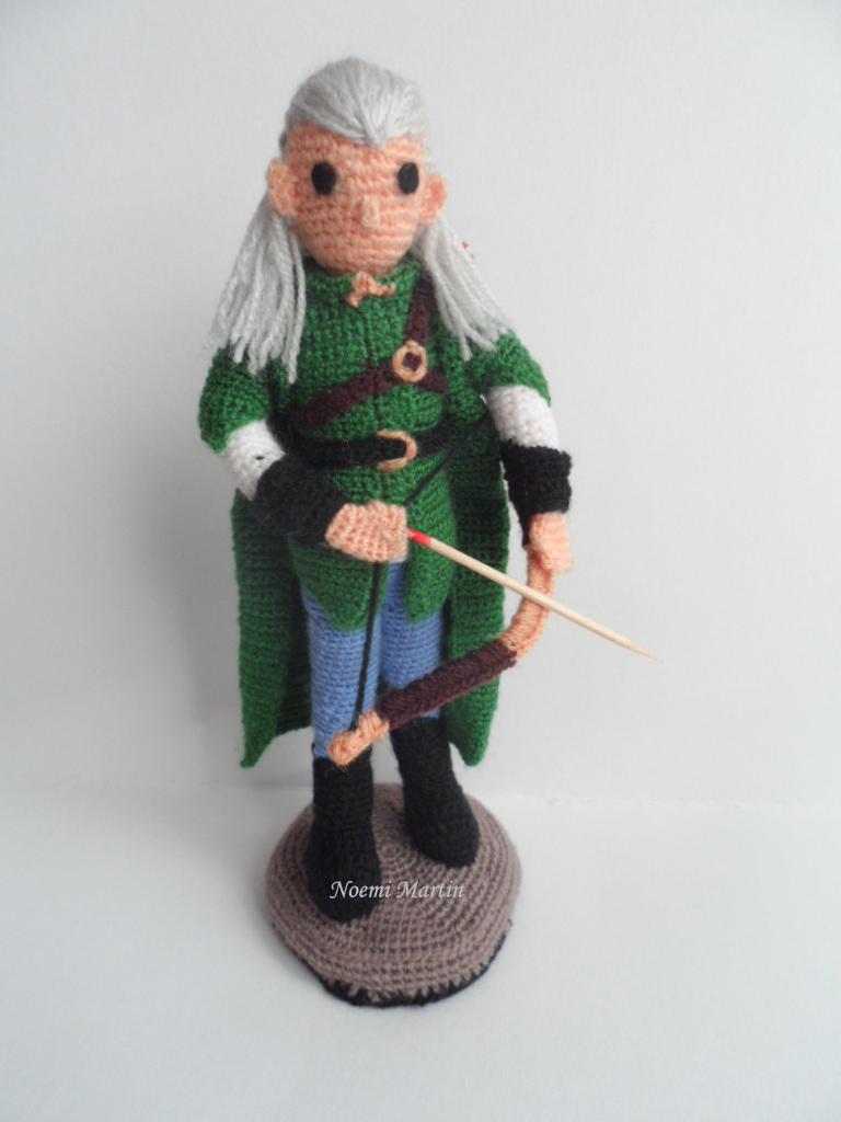 http://agujalanaytijeras.blogspot.com.es/2013/12/reto-el-hobbit-de-crochettes.html