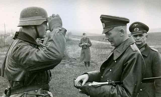 Generalfeldmarschall Fedor Von Bock awards a decoration to Lt. Von Riedesel, 26 October 1941 worldwartwo.filminspector.com
