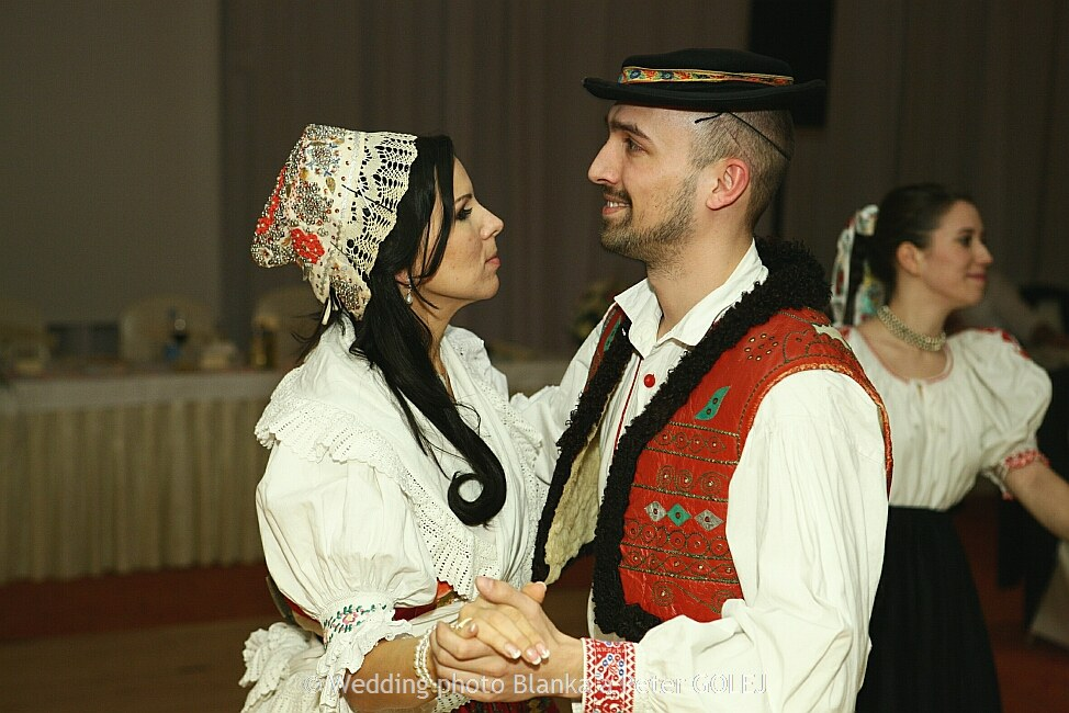 Typical Wedding Gift Amount: Deny & Robko: Eastern Slovak Wedding Traditions