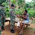 Satgas Yonif 411 Kostrad Bagikan Sembako dan Masker di Kampung Baidub Papua