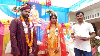 पंकज कुमार के साथ डिंपल।