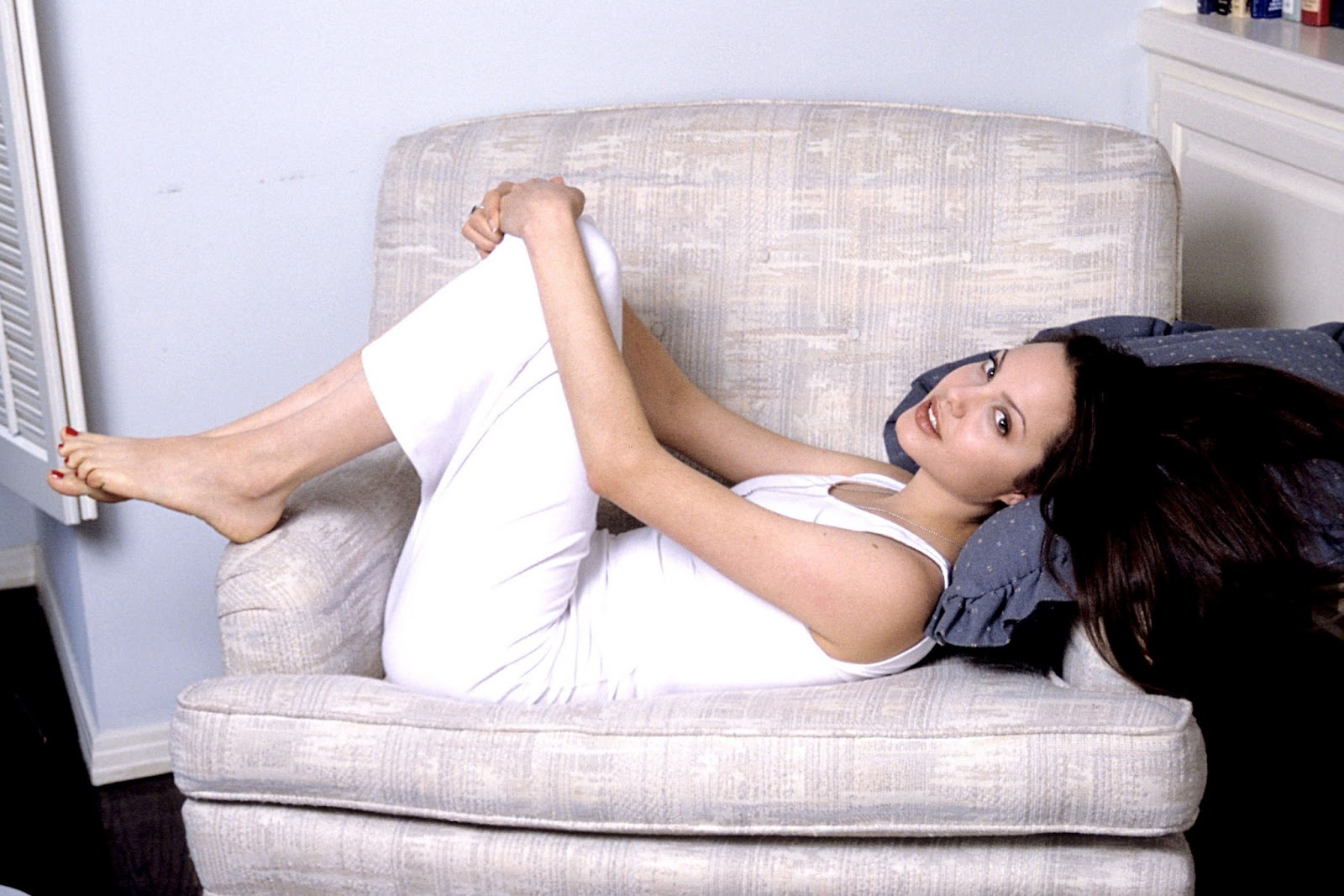 Angelina Jolie Sexy Feet 2