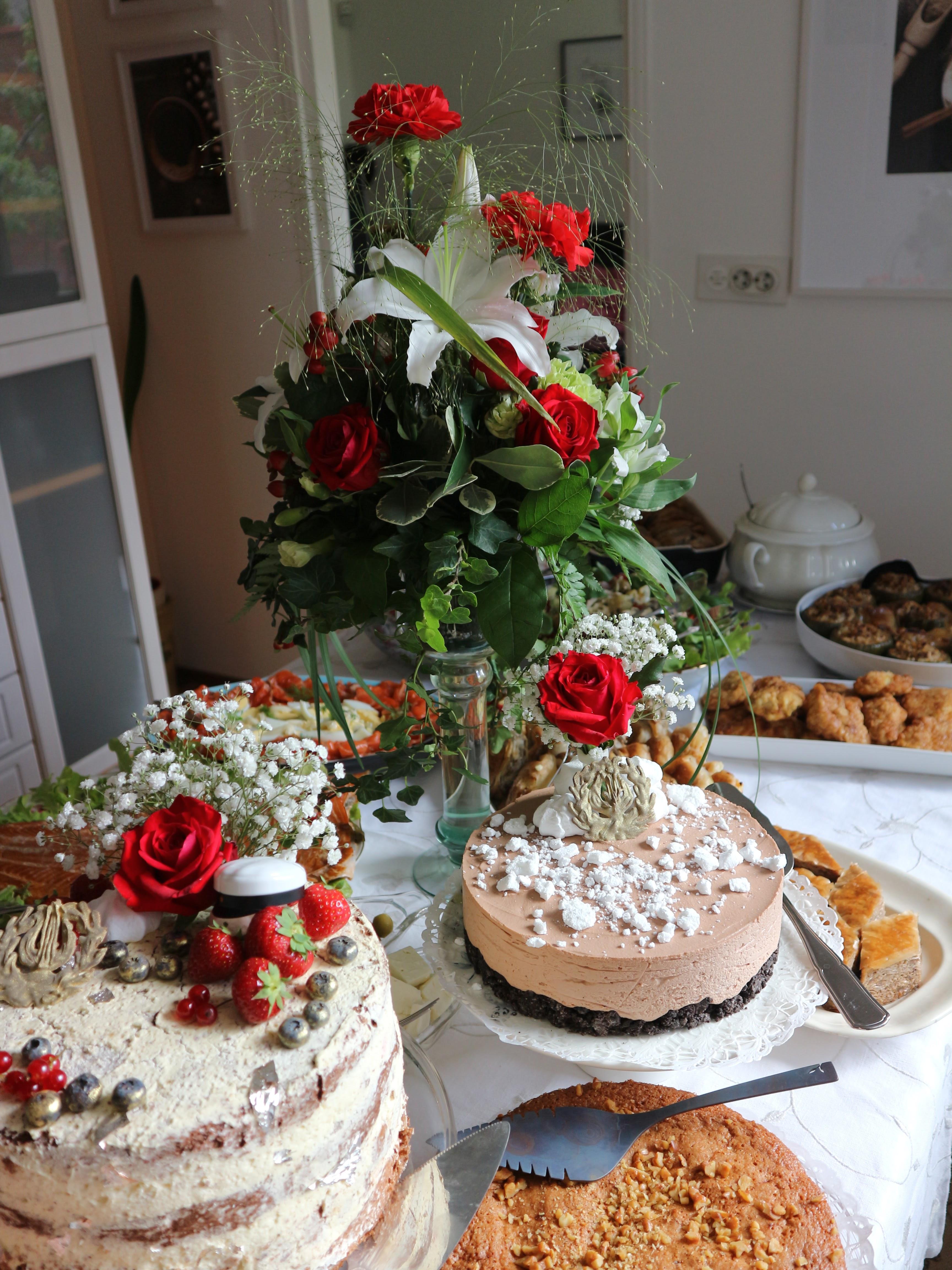Kakkupöytä
