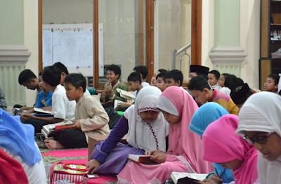 Makalah Konsep Pendidikan Karakter dalam Islam