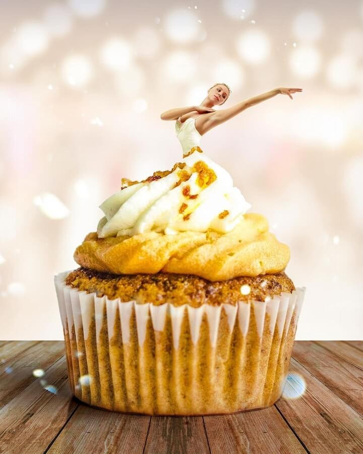 04-The-cupcake-ballerina-Marcio-Sa-www-designstack-co