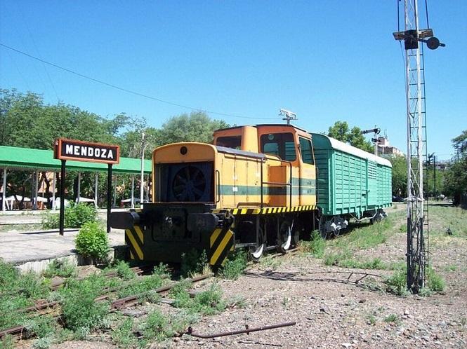Presentarán un proyecto para reactivar el ferrocarril en Mendoza