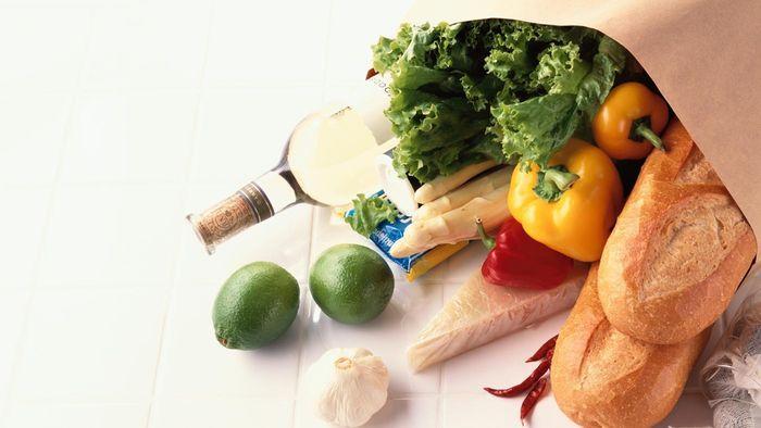 ¿Cuántas libras de comida come el adulto promedio en un día?