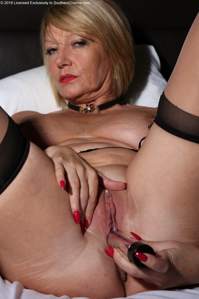 Archive Of Old Women Slender Mature-9039
