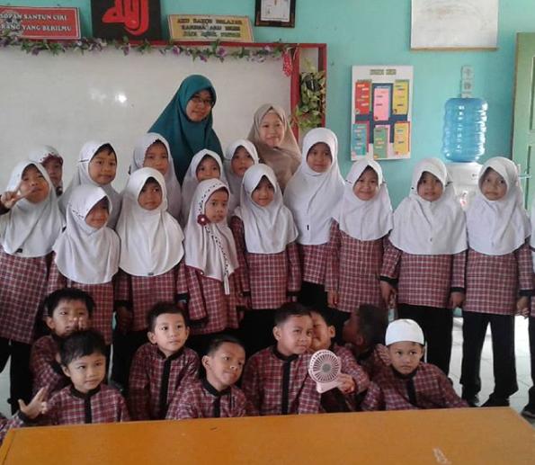 Murid Kelas Dua SDN 81 Muara Bungo Ini, Belajar Literasi dari Rumah Saja