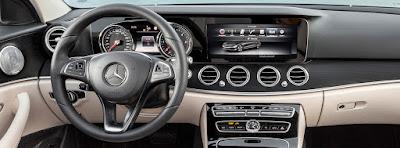 Mercedes-Benz E-Class stearing wheel image