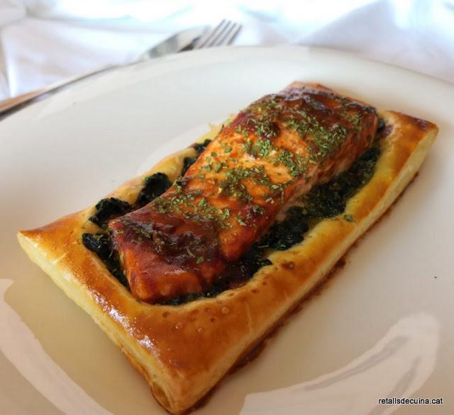 Llom de salmó al forn amb salsa barbacoa
