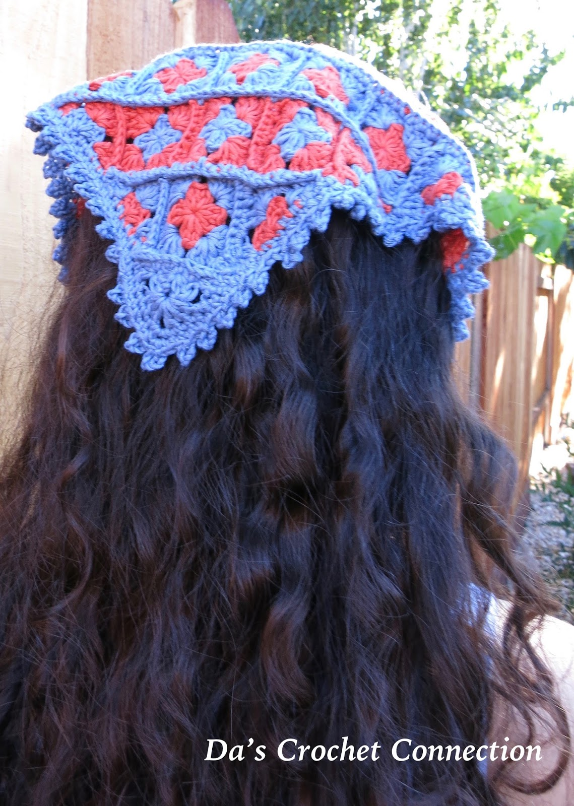 Das Crochet Connection Mini Granny Square Bandana