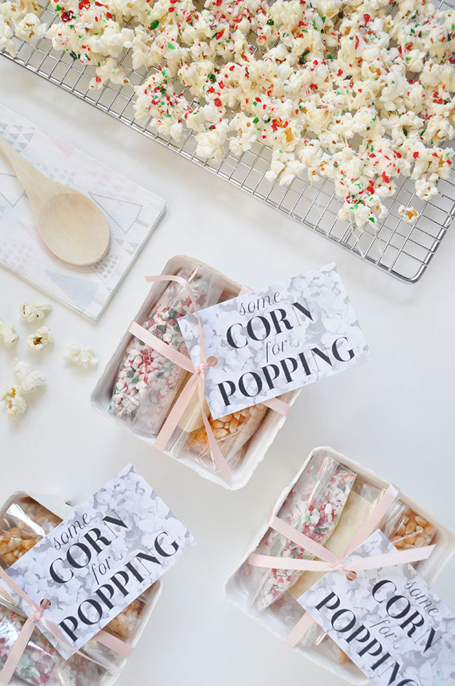 Candy Cane Popcorn Favours