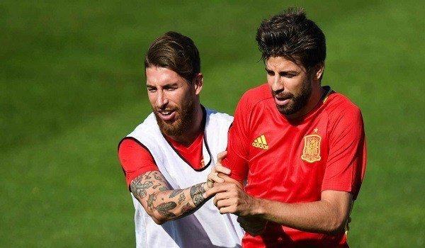 Sergio Ramos dan Gerard Pique