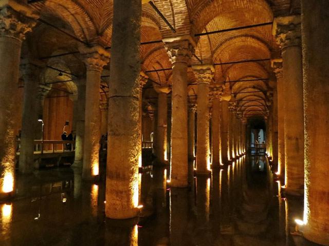 Justinian's Basilica Cistern in Istanbul byzantium.filminspector.com